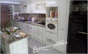 Ретро кухня с островен шкаф