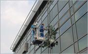 Съоръжения за почистване на стъклени фасади